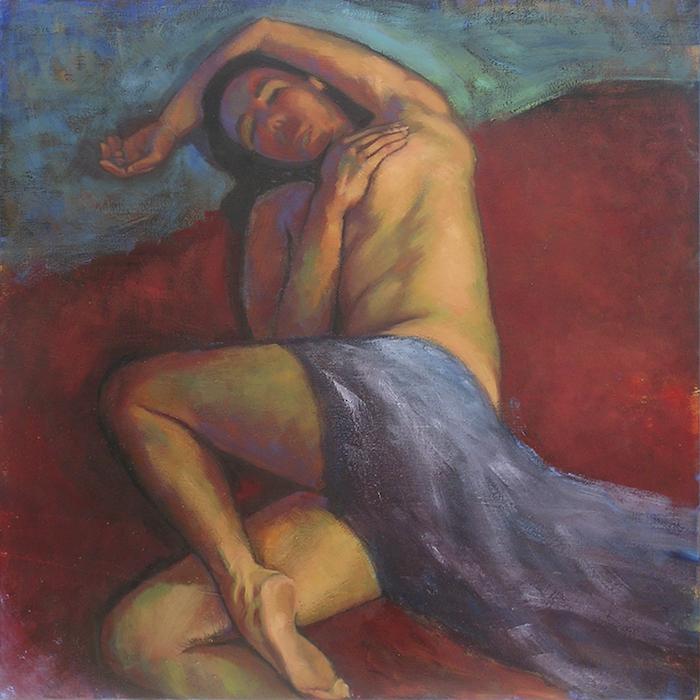 nu féminin allongé avec drapé sur fond rouge sombre