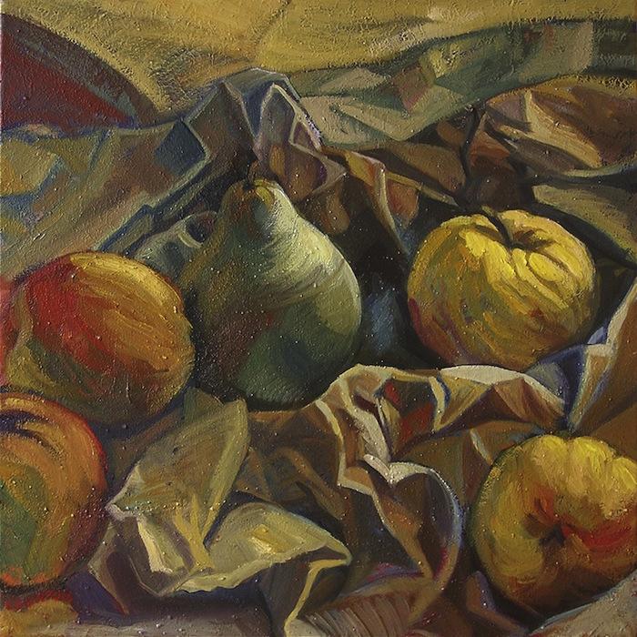 pommes et poire sur papier froissé